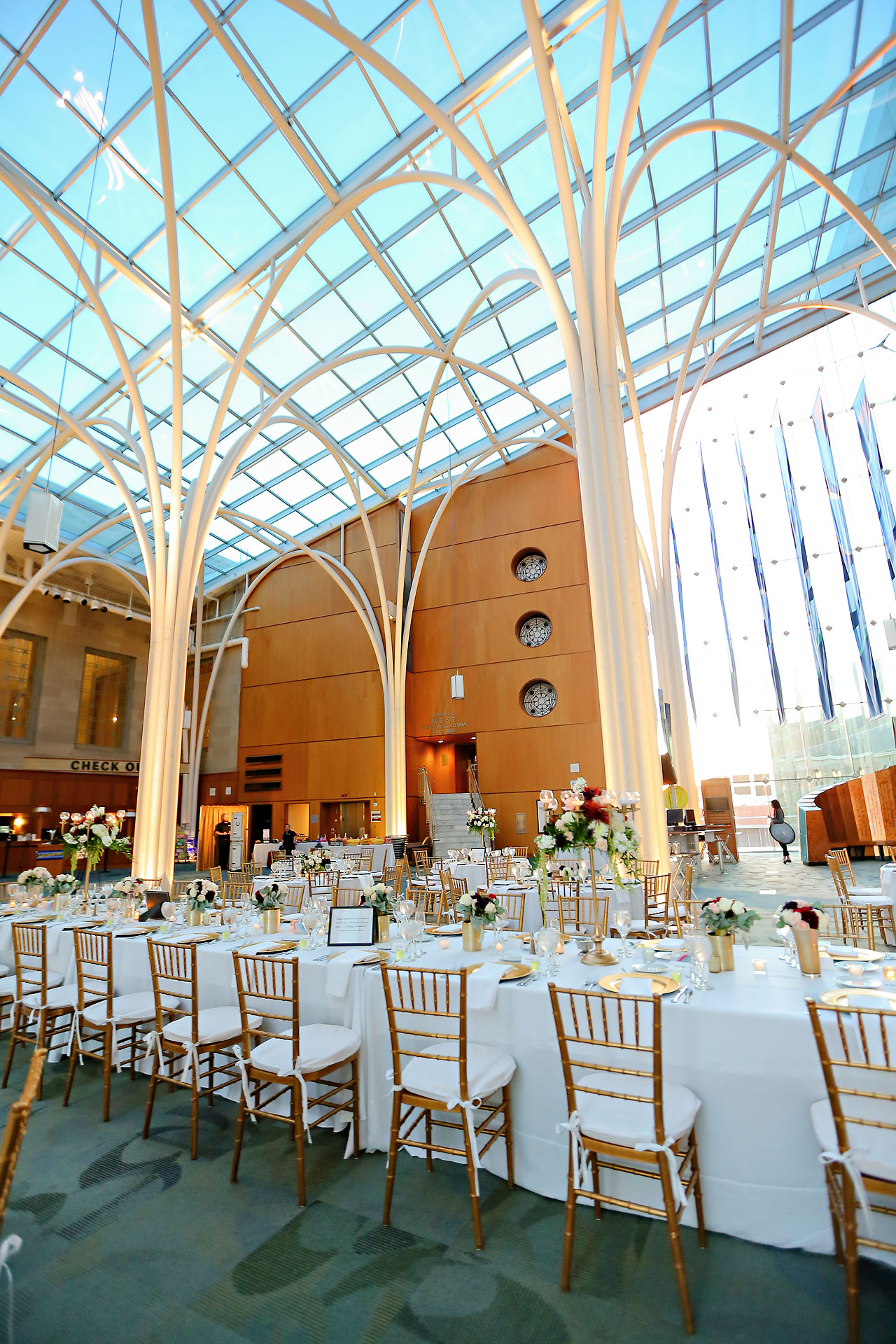 abby nick indianapolis central library wedding 241
