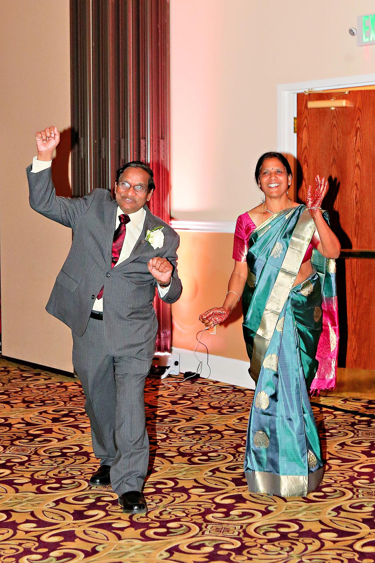 Anu Paras Indianapolis Indian Wedding Reception 085