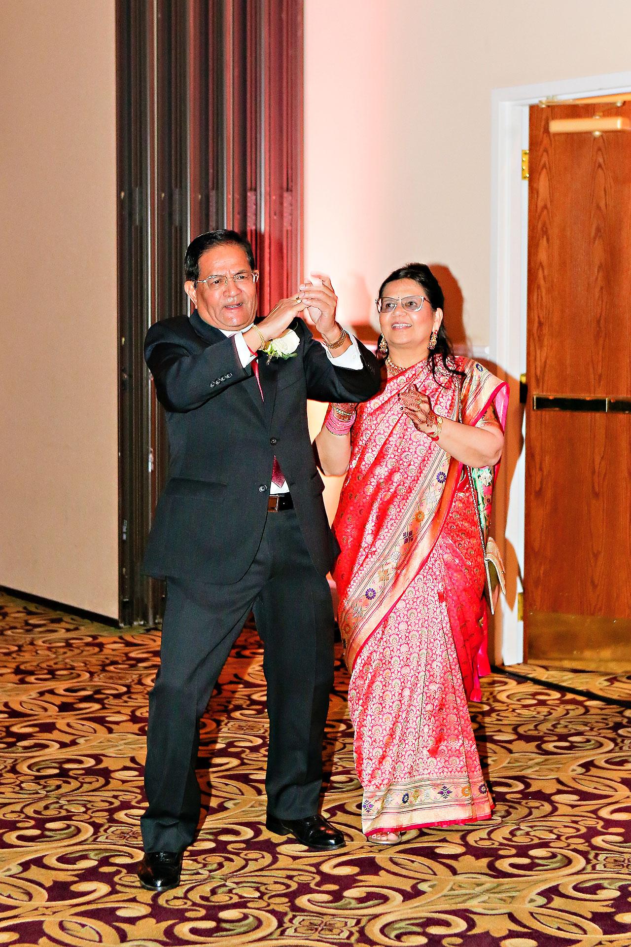 Anu Paras Indianapolis Indian Wedding Reception 084