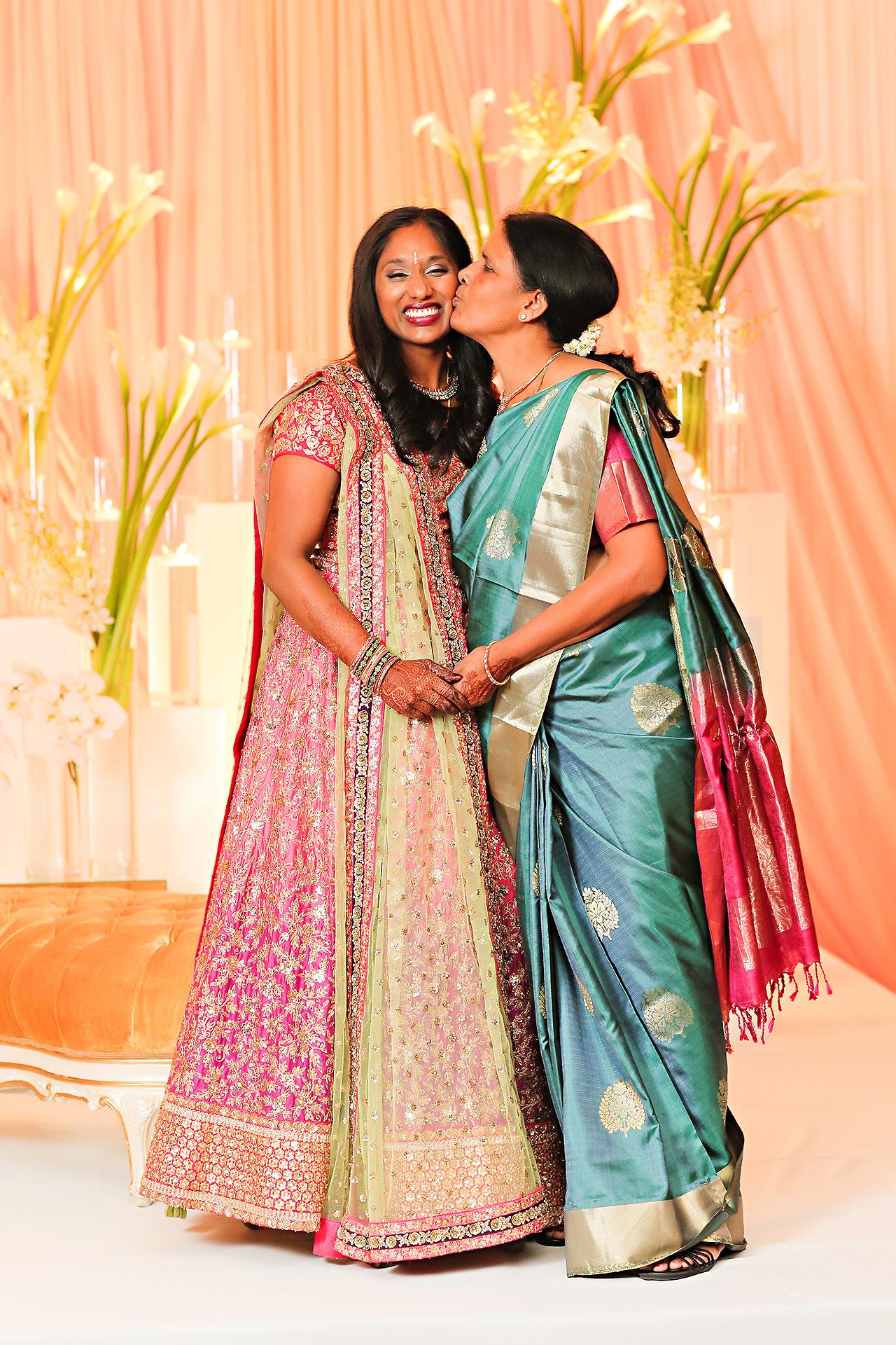 Anu Paras Indianapolis Indian Wedding Reception 081