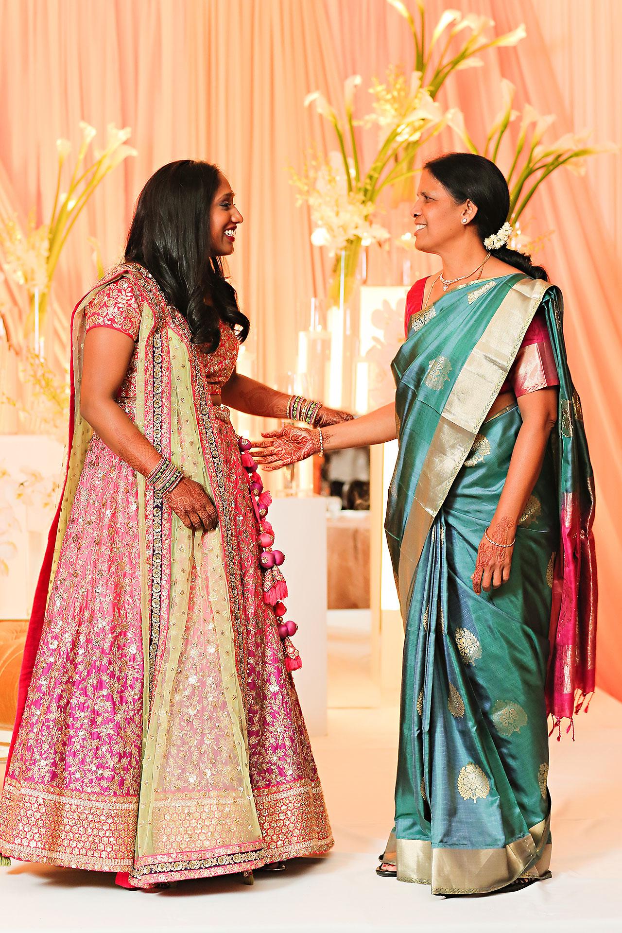 Anu Paras Indianapolis Indian Wedding Reception 070