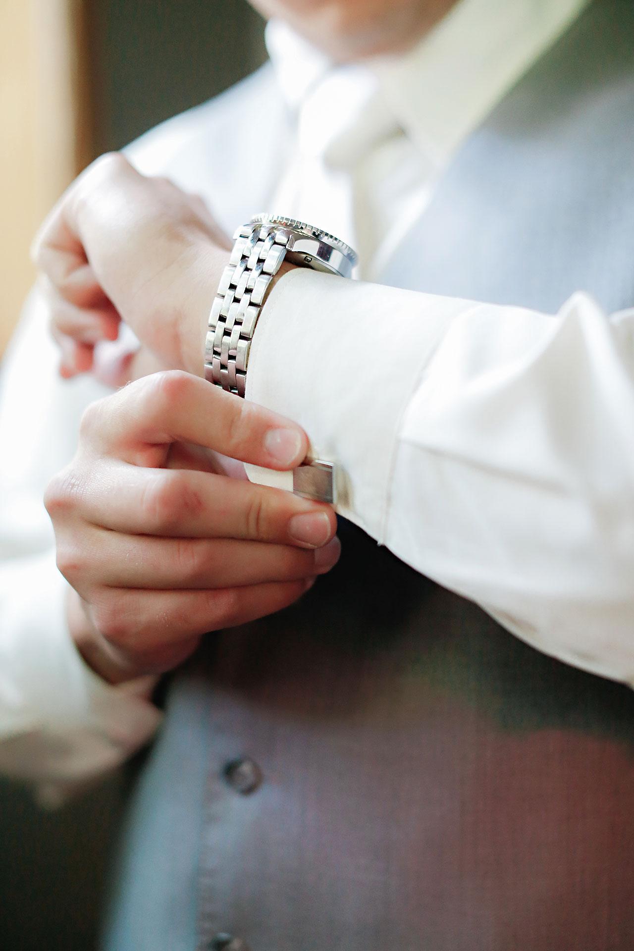 Diana Nick Crowne Plaza Indianapolis Wedding 061