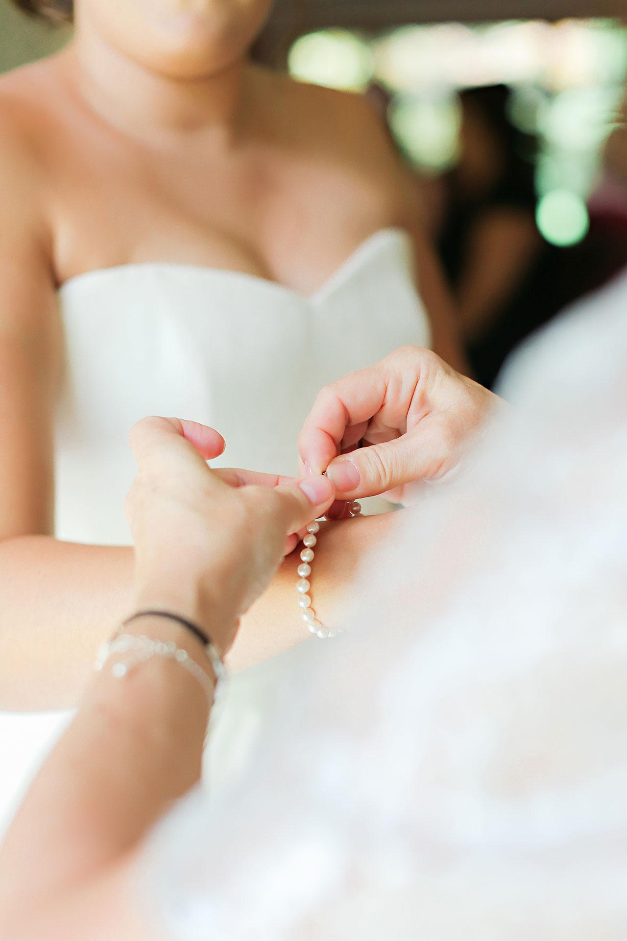 Diana Nick Crowne Plaza Indianapolis Wedding 045