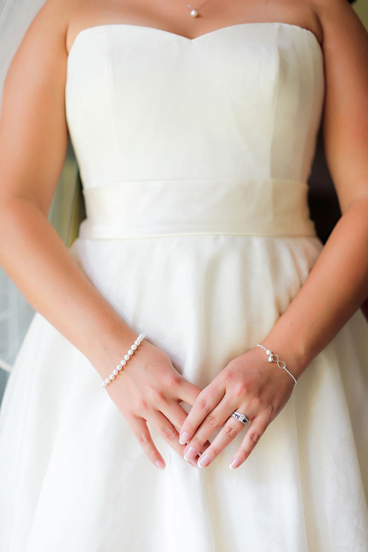 Diana Nick Crowne Plaza Indianapolis Wedding 042