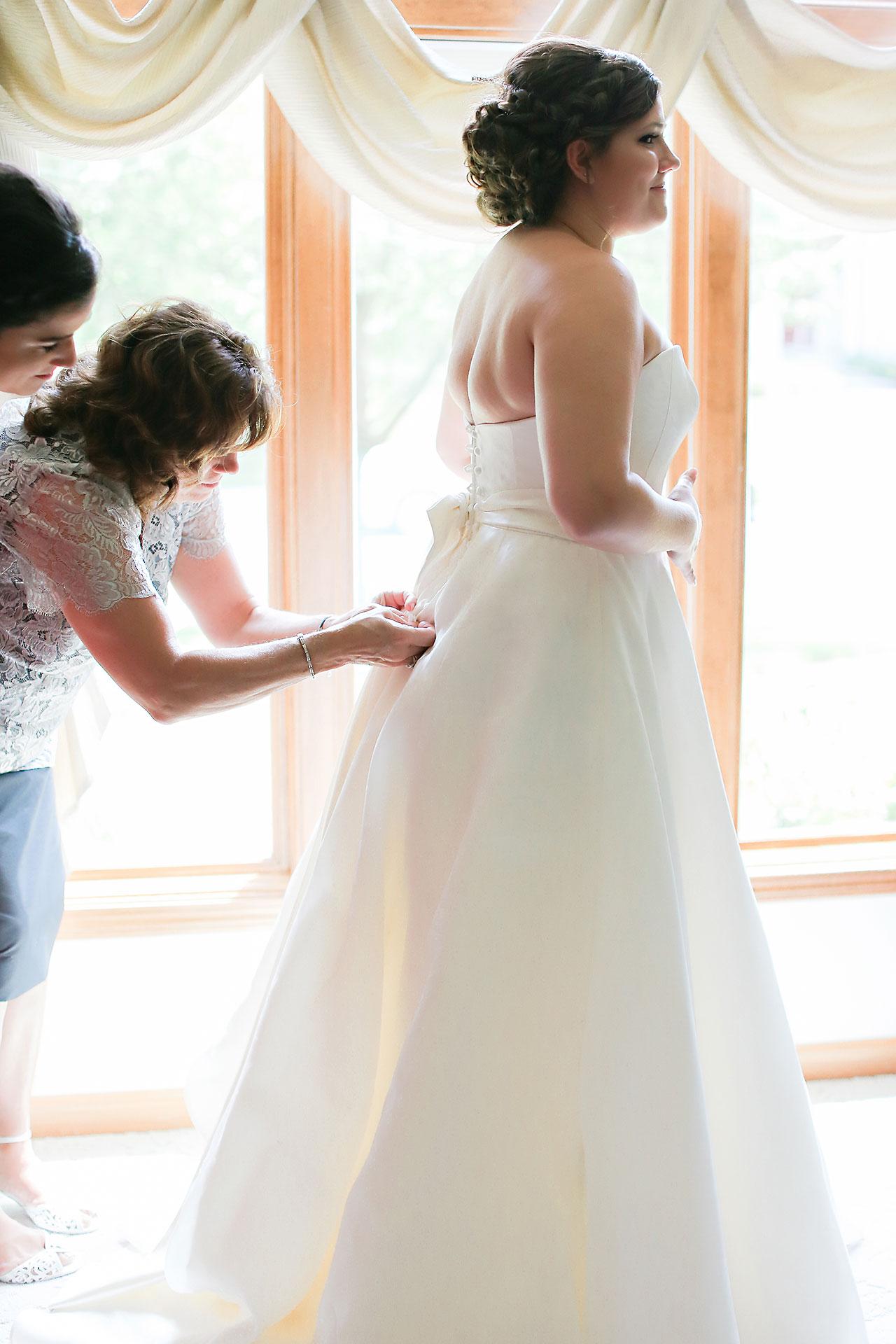 Diana Nick Crowne Plaza Indianapolis Wedding 034