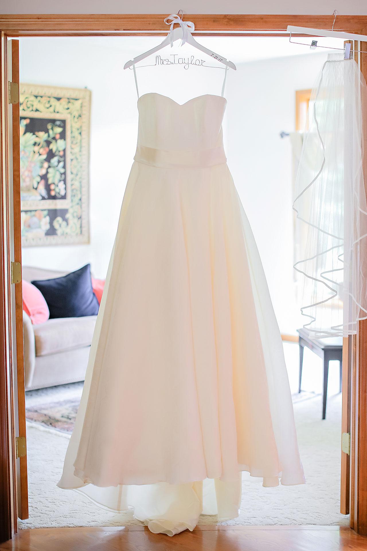 Diana Nick Crowne Plaza Indianapolis Wedding 023