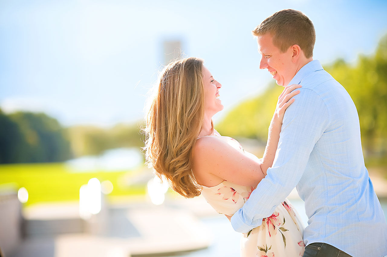 Chelsea Jeff Downtown Indy Engagement Session 208