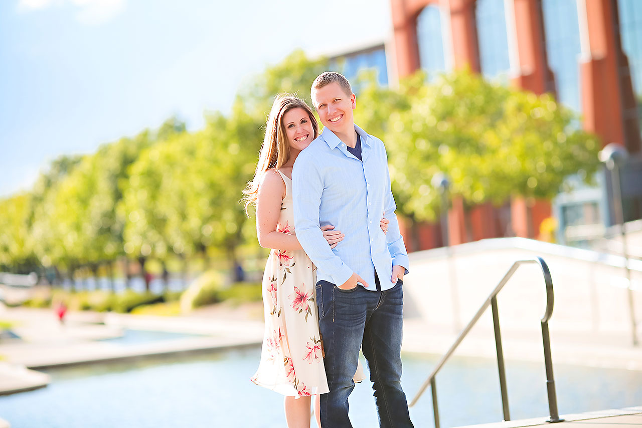 Chelsea Jeff Downtown Indy Engagement Session 198