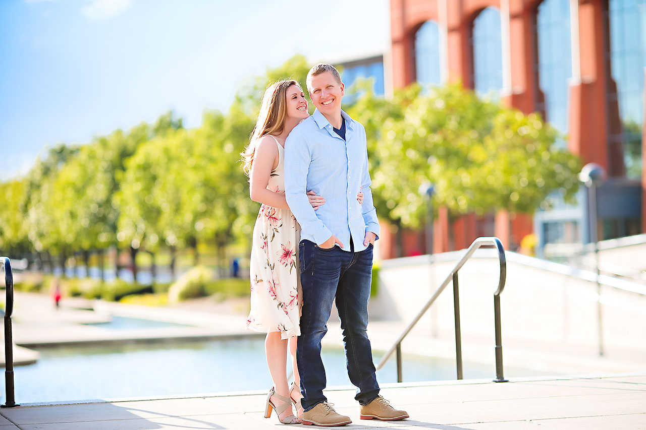 Chelsea Jeff Downtown Indy Engagement Session 178