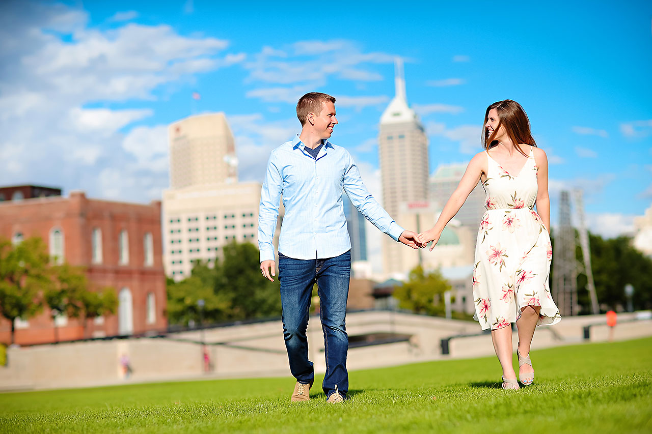 Chelsea Jeff Downtown Indy Engagement Session 177