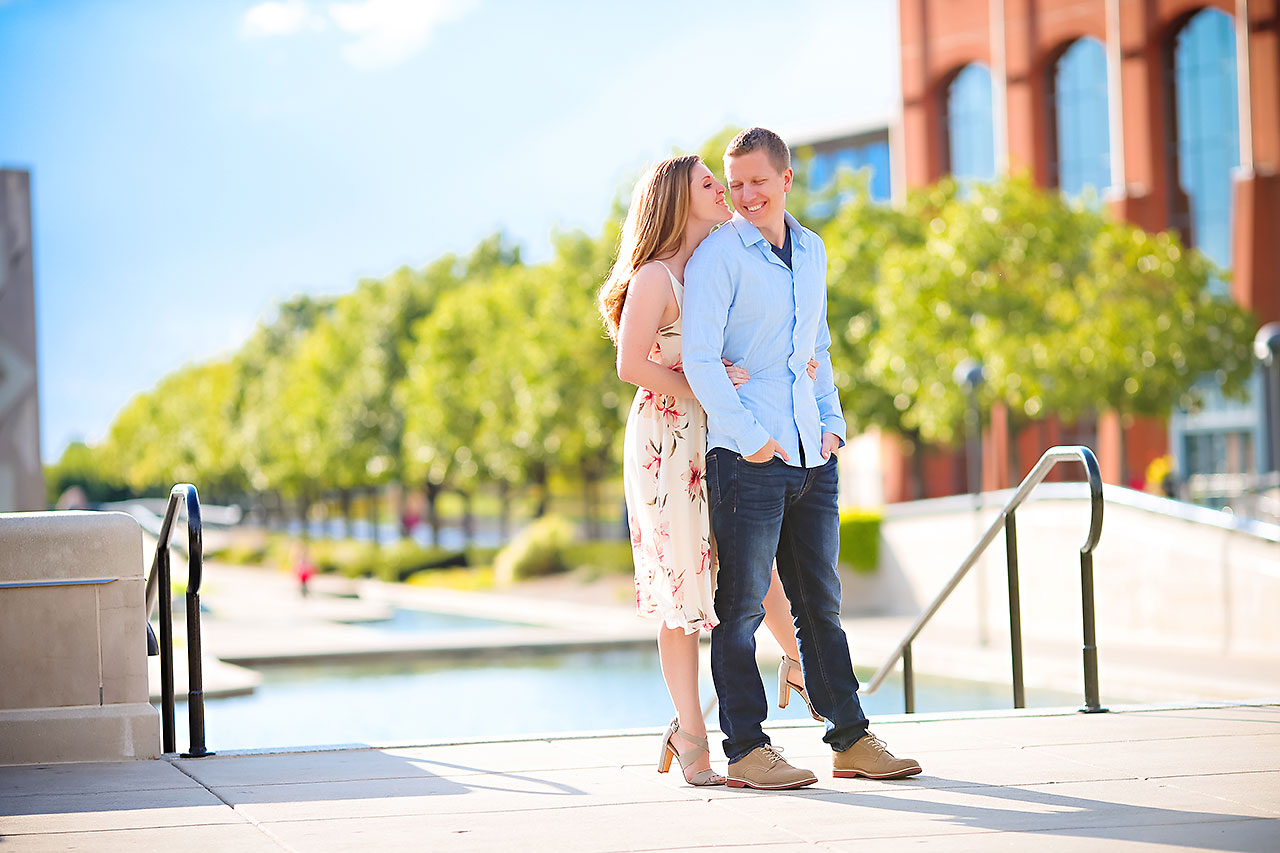 Chelsea Jeff Downtown Indy Engagement Session 162