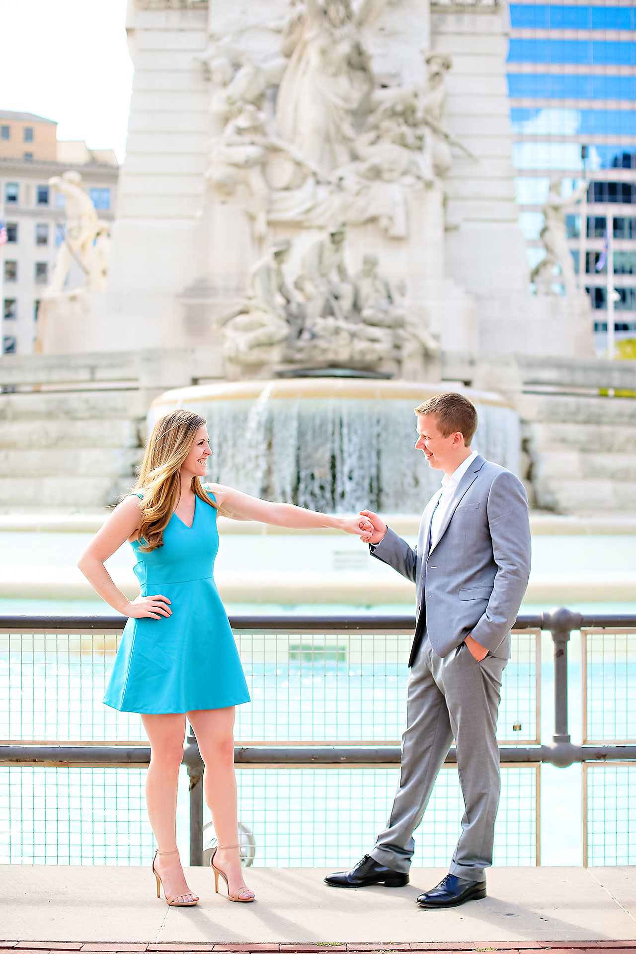 Chelsea Jeff Downtown Indy Engagement Session 017