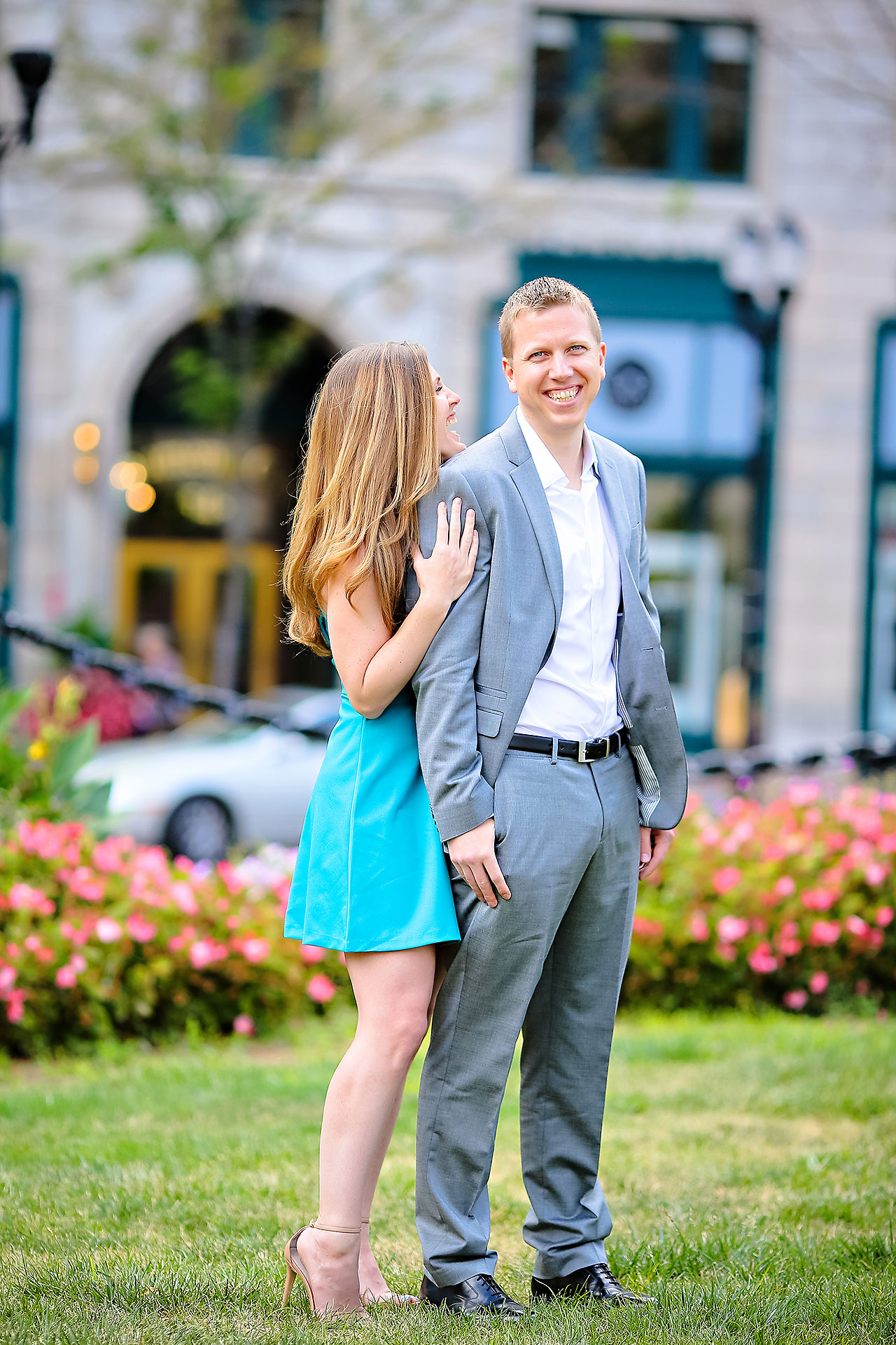 Chelsea Jeff Downtown Indy Engagement Session 011