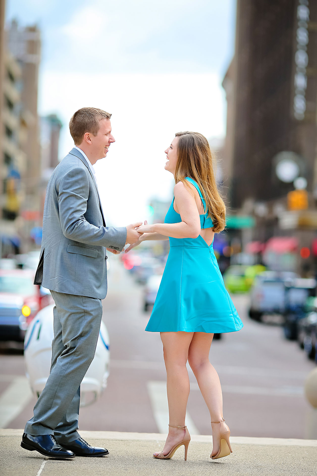 Chelsea Jeff Downtown Indy Engagement Session 008