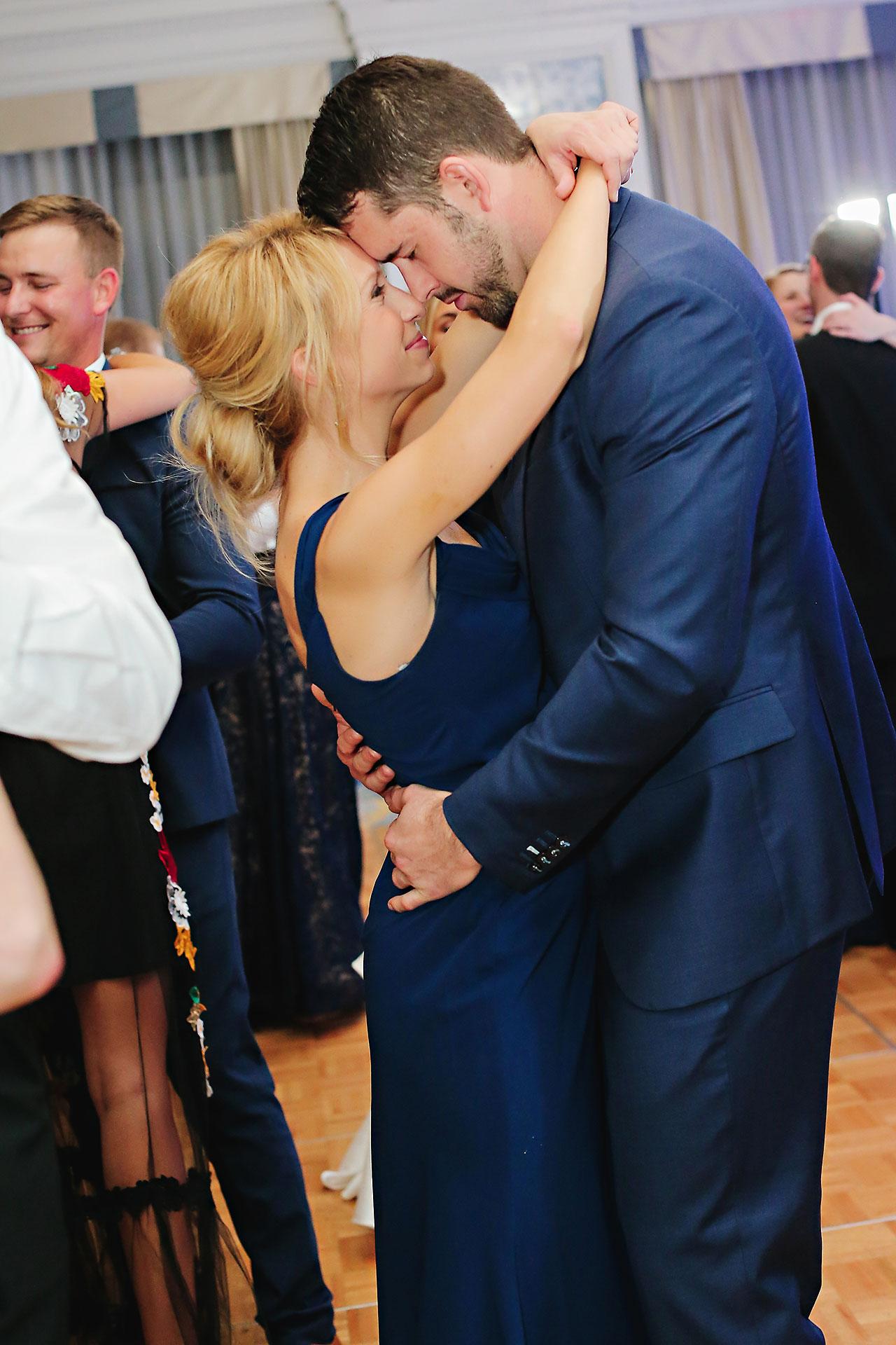 Kaitlin Garret Columbia Club Indianapolis Wedding 346