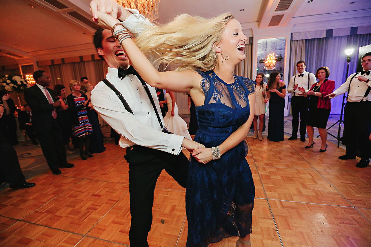 Kaitlin Garret Columbia Club Indianapolis Wedding 334