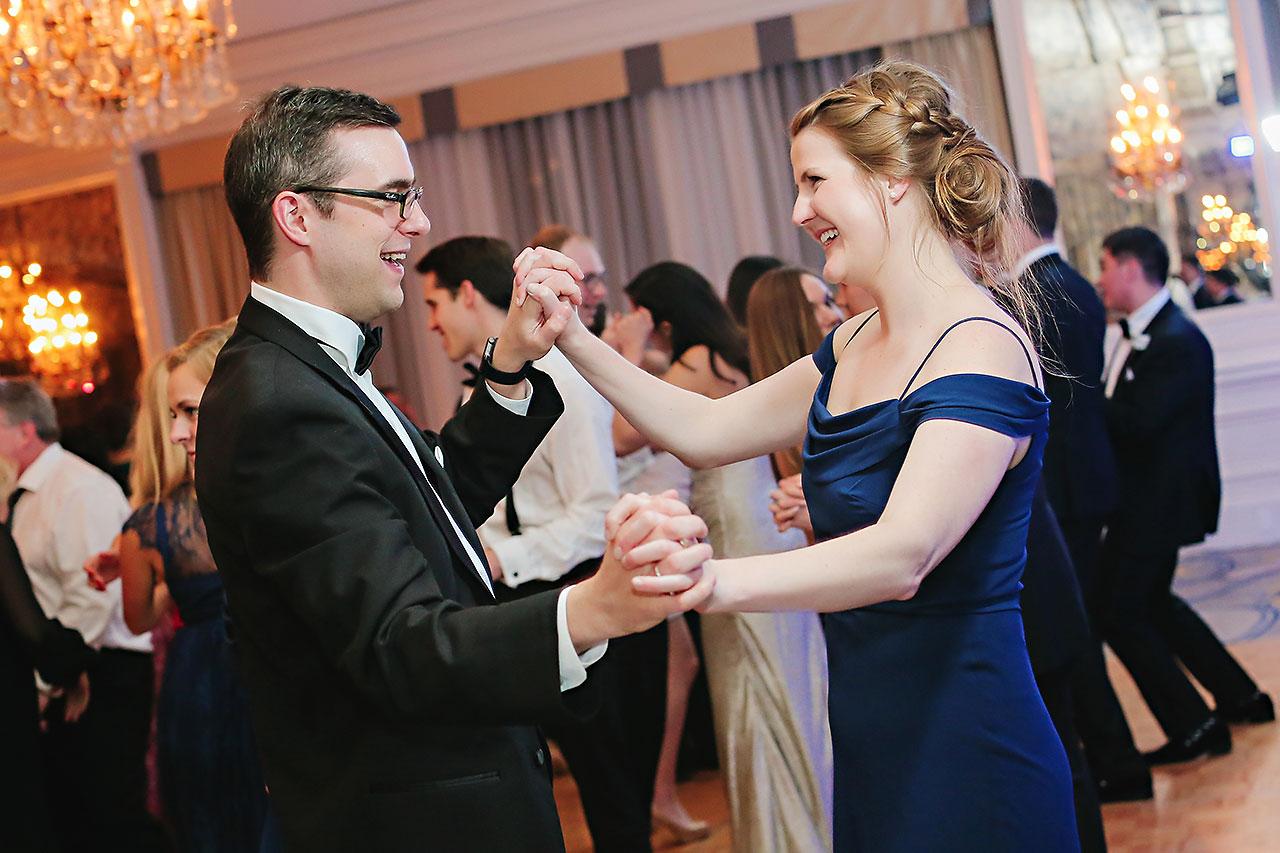 Kaitlin Garret Columbia Club Indianapolis Wedding 307