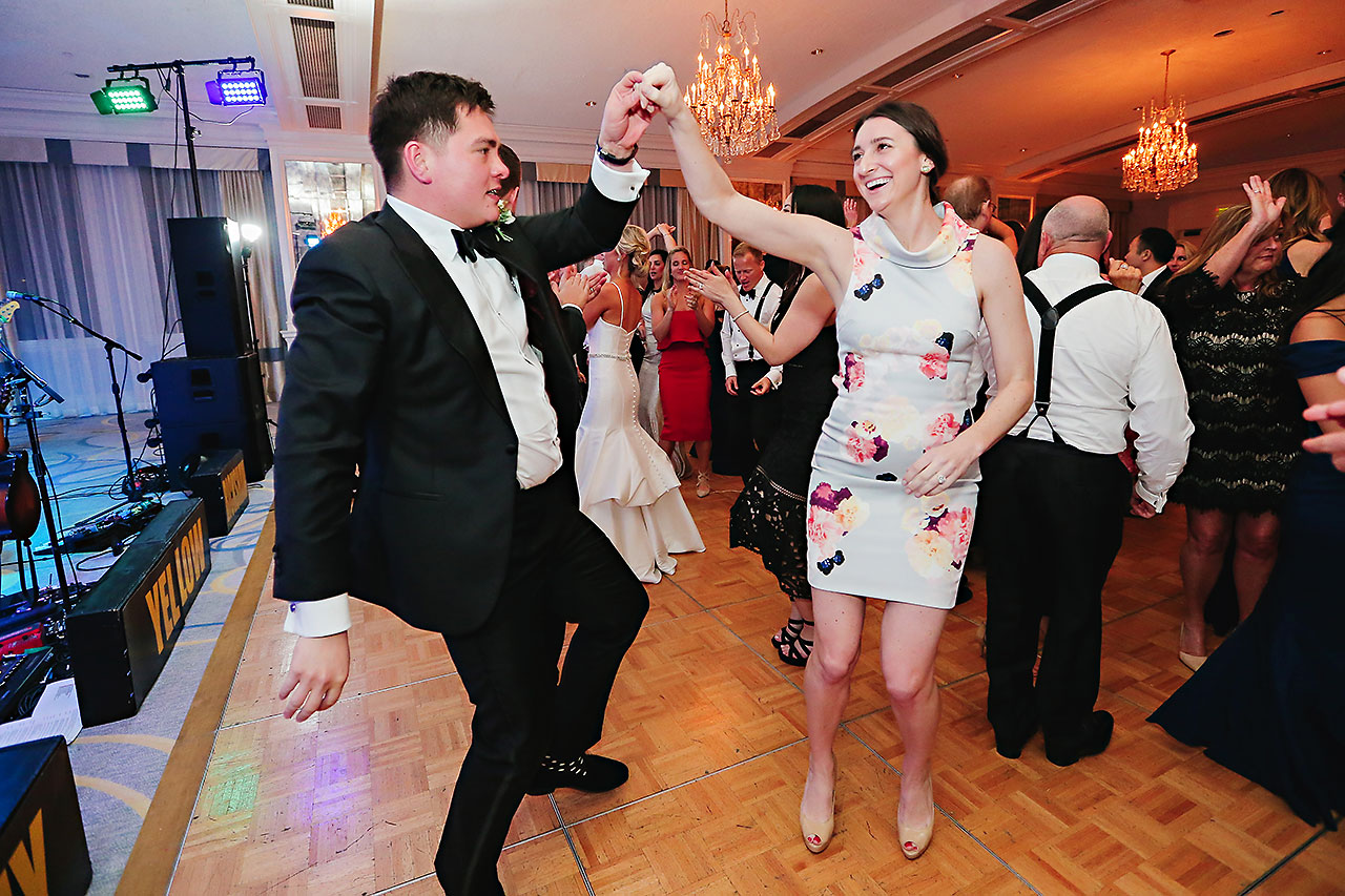 Kaitlin Garret Columbia Club Indianapolis Wedding 304