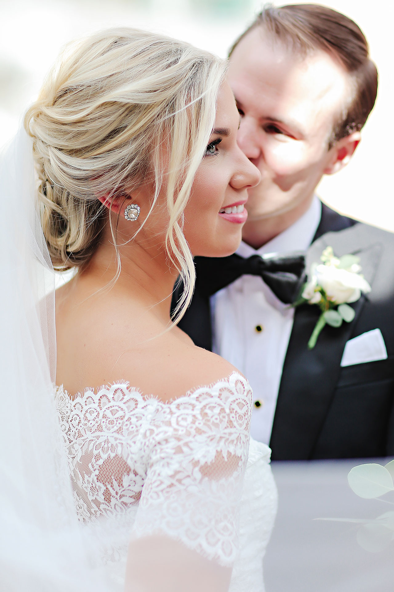 Kaitlin Garret Columbia Club Indianapolis Wedding 134