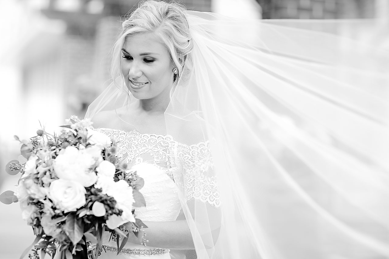 Kaitlin Garret Columbia Club Indianapolis Wedding 128