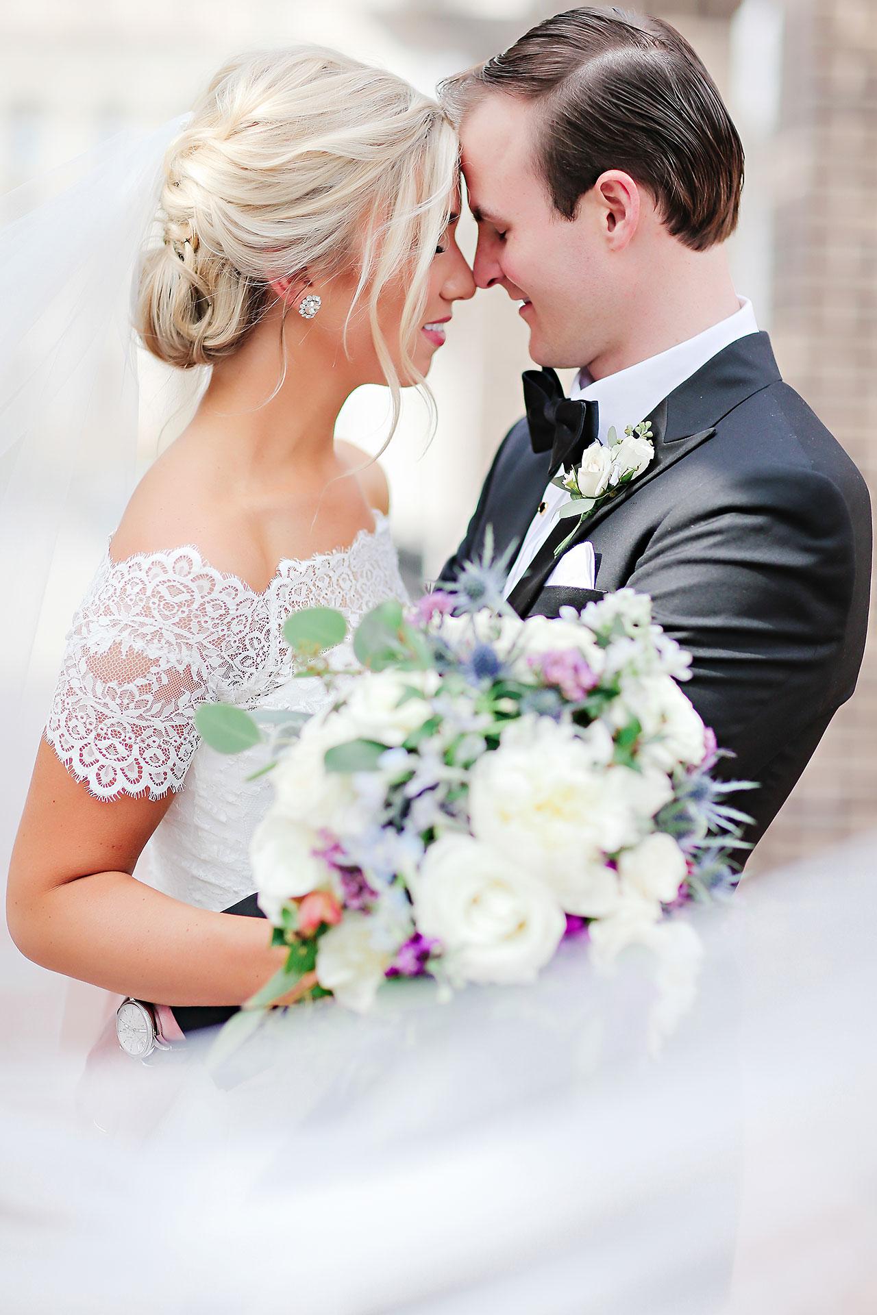 Kaitlin Garret Columbia Club Indianapolis Wedding 107