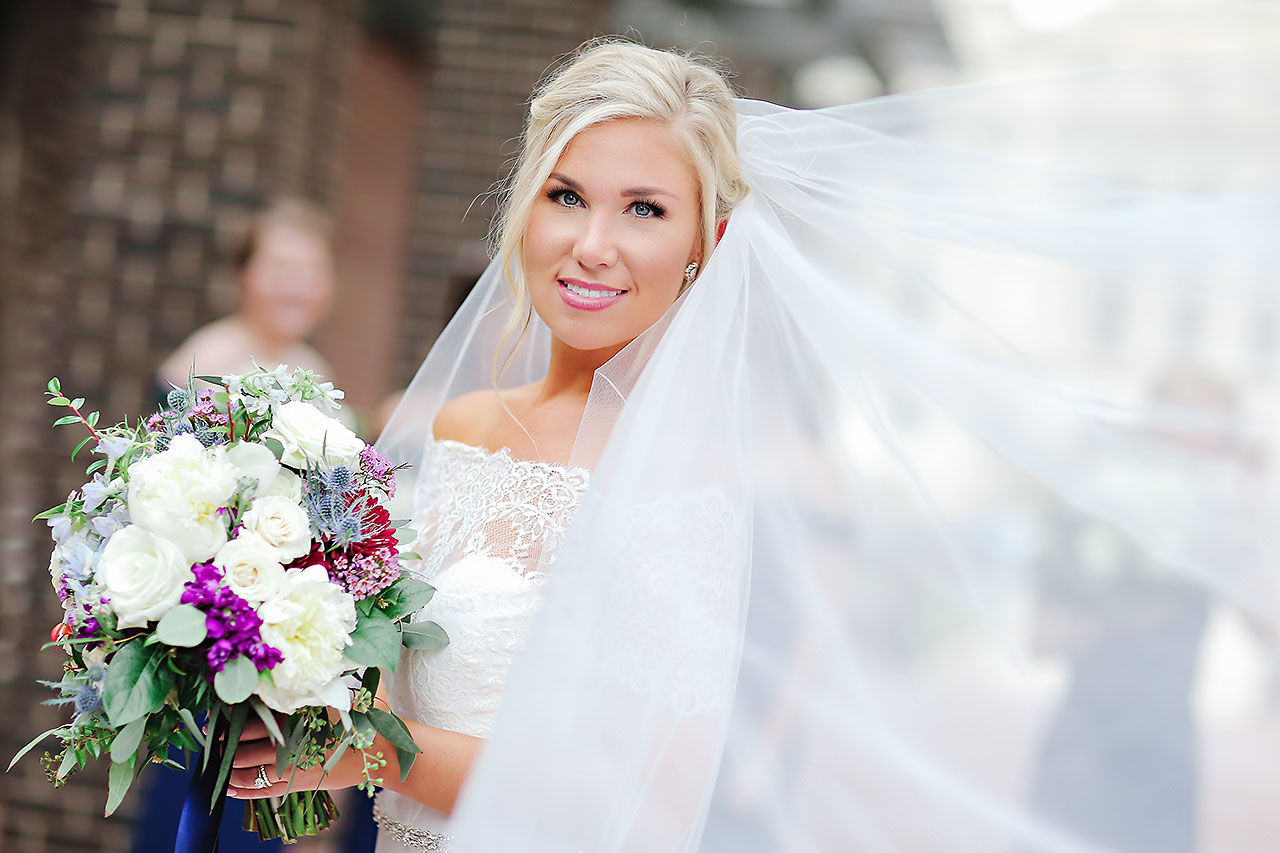 Kaitlin Garret Columbia Club Indianapolis Wedding 096