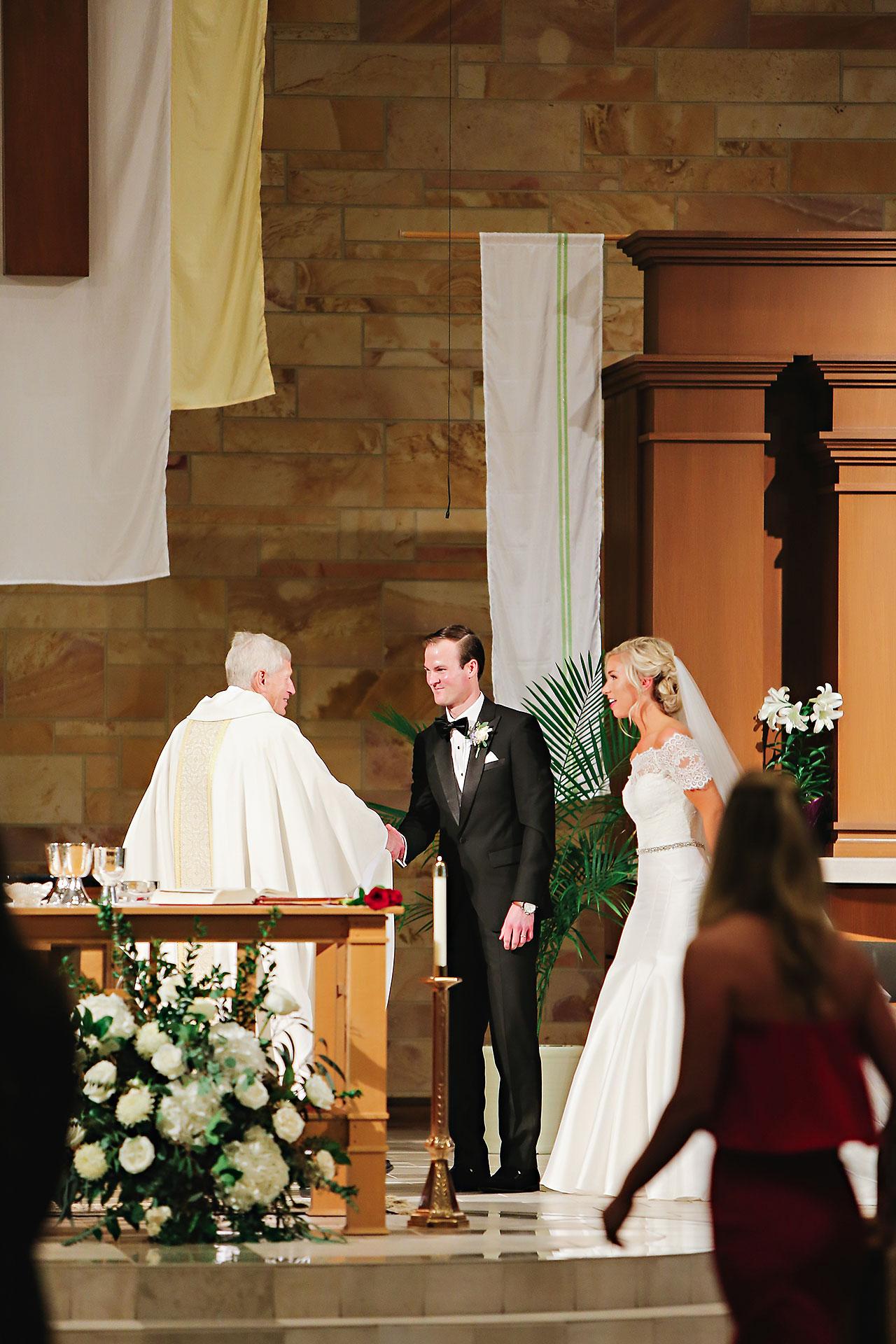 Kaitlin Garret Columbia Club Indianapolis Wedding 078