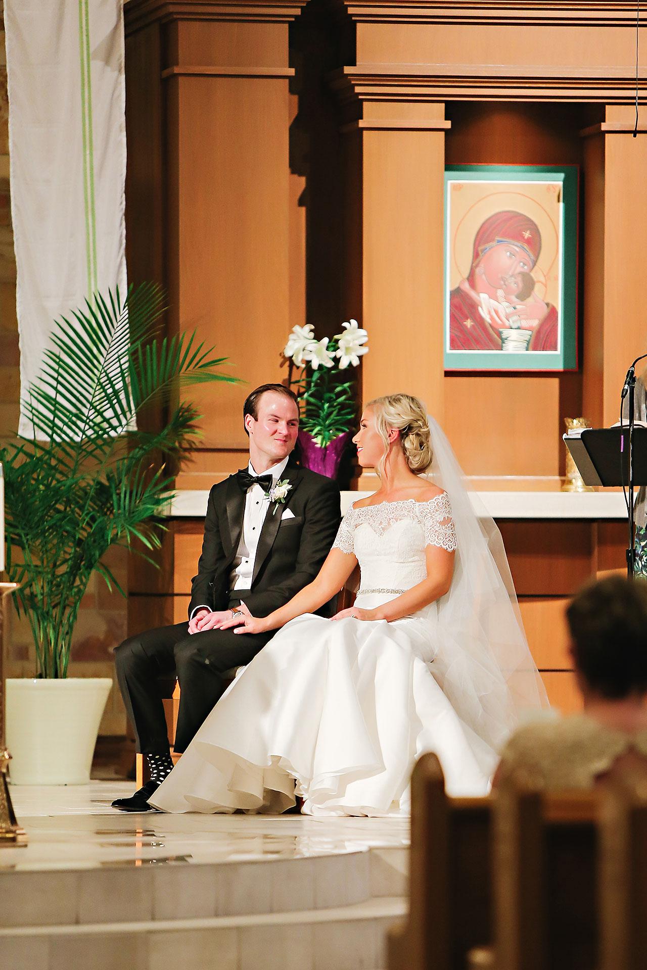 Kaitlin Garret Columbia Club Indianapolis Wedding 077