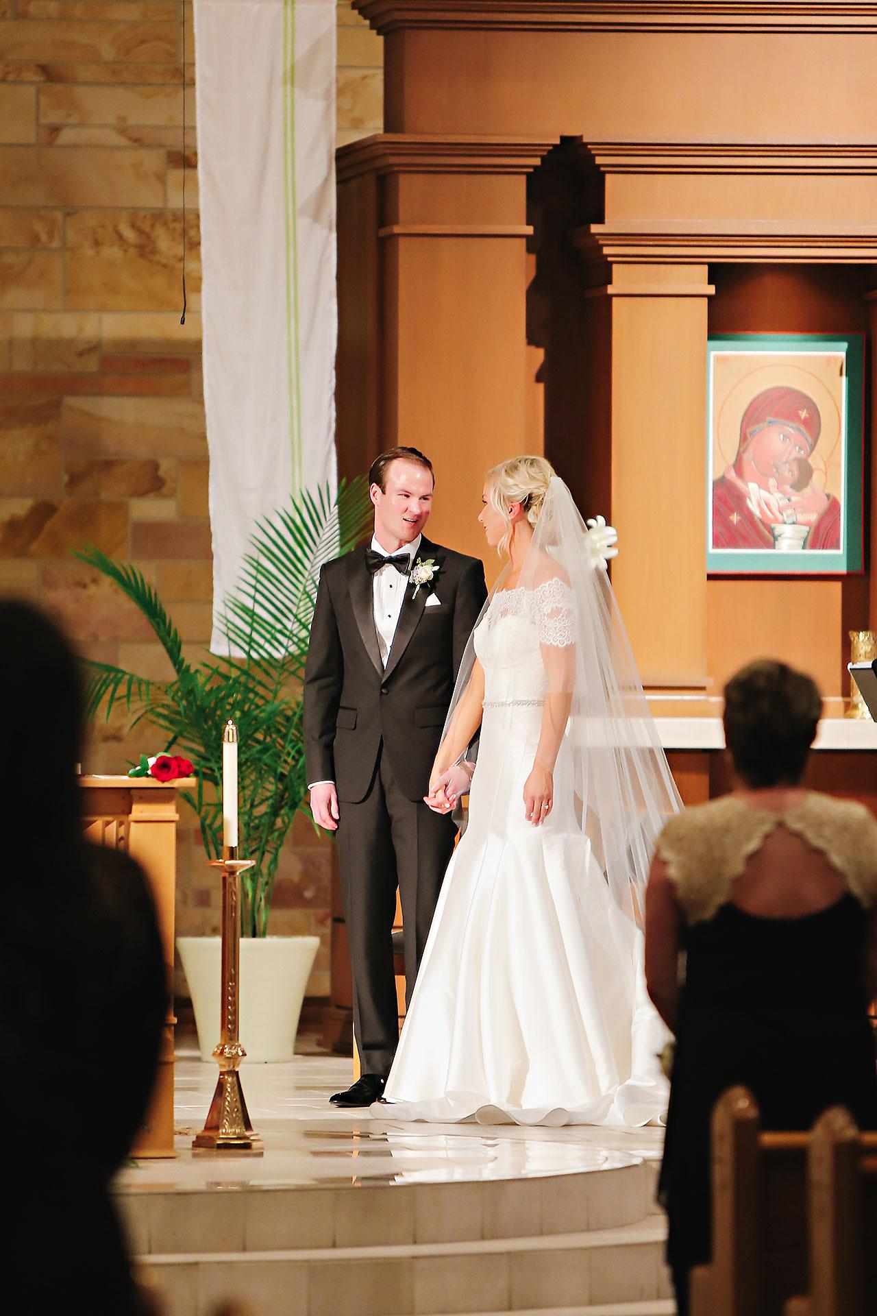 Kaitlin Garret Columbia Club Indianapolis Wedding 071
