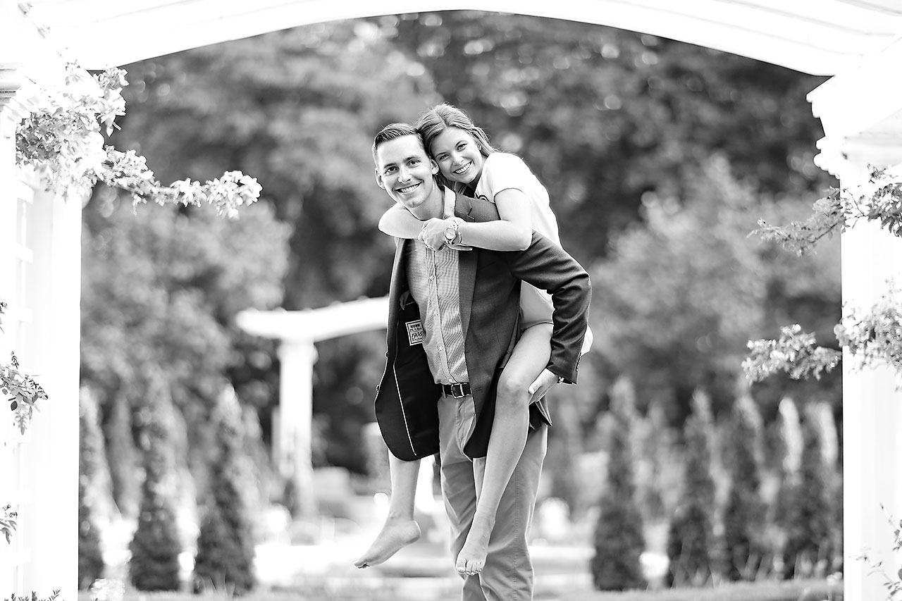 Erin Grant Indianpolis Museum of Art Newfields Engagement Session 179
