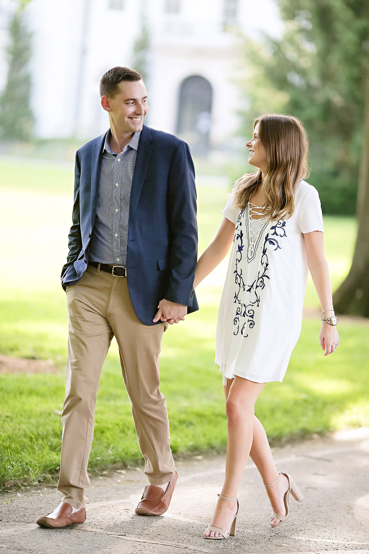 Erin Grant Indianpolis Museum of Art Newfields Engagement Session 138