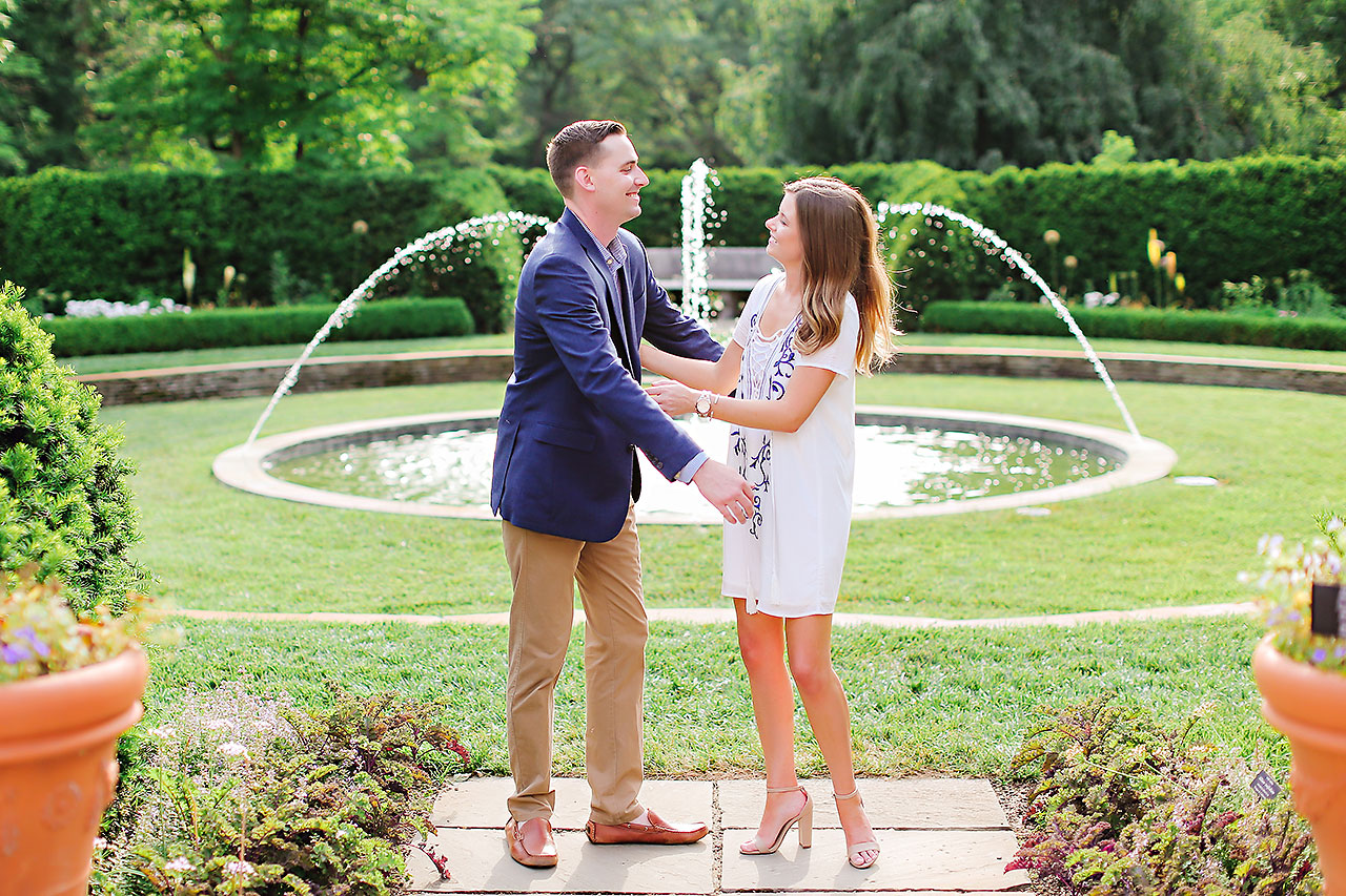Erin Grant Indianpolis Museum of Art Newfields Engagement Session 095