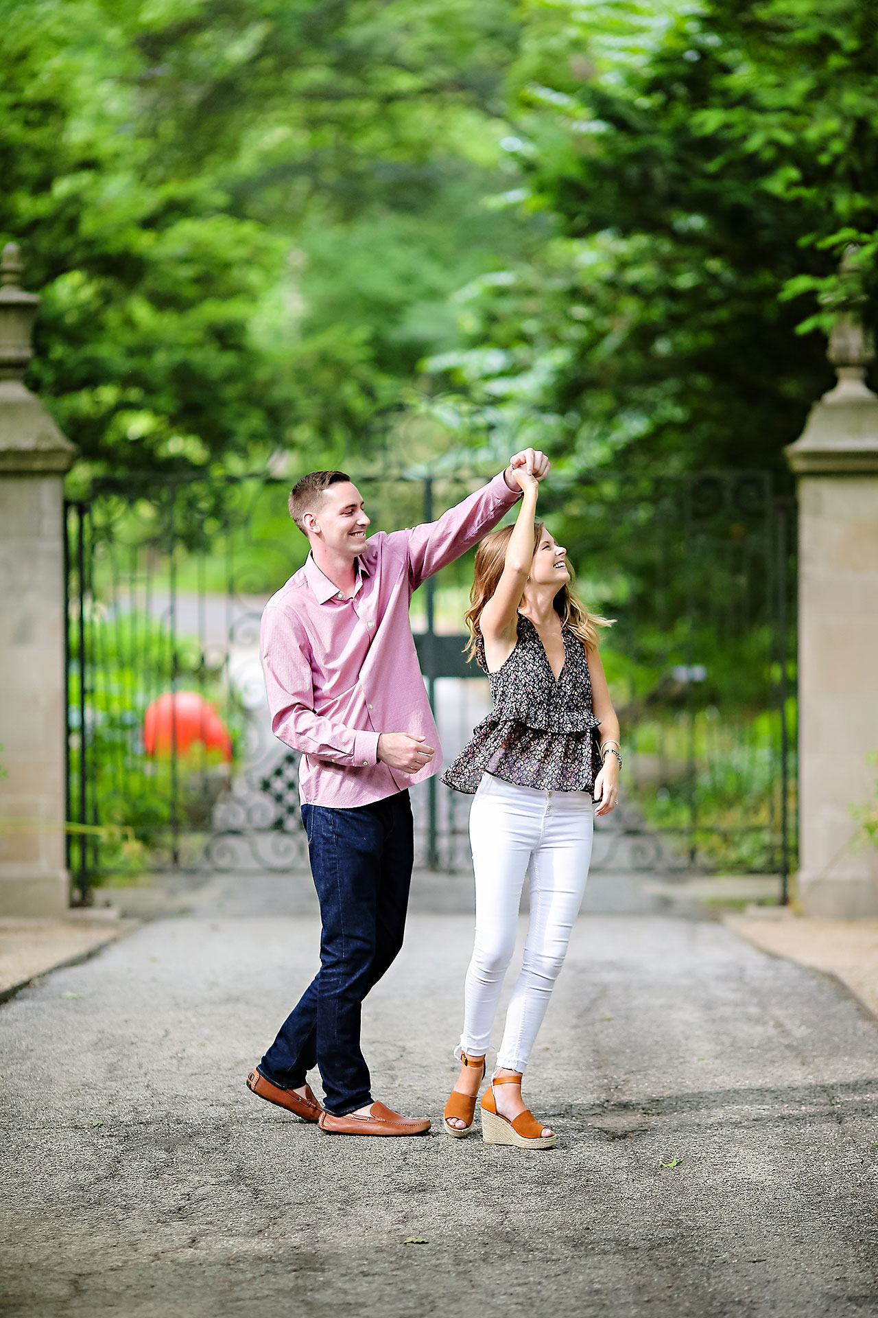 Erin Grant Indianpolis Museum of Art Newfields Engagement Session 054