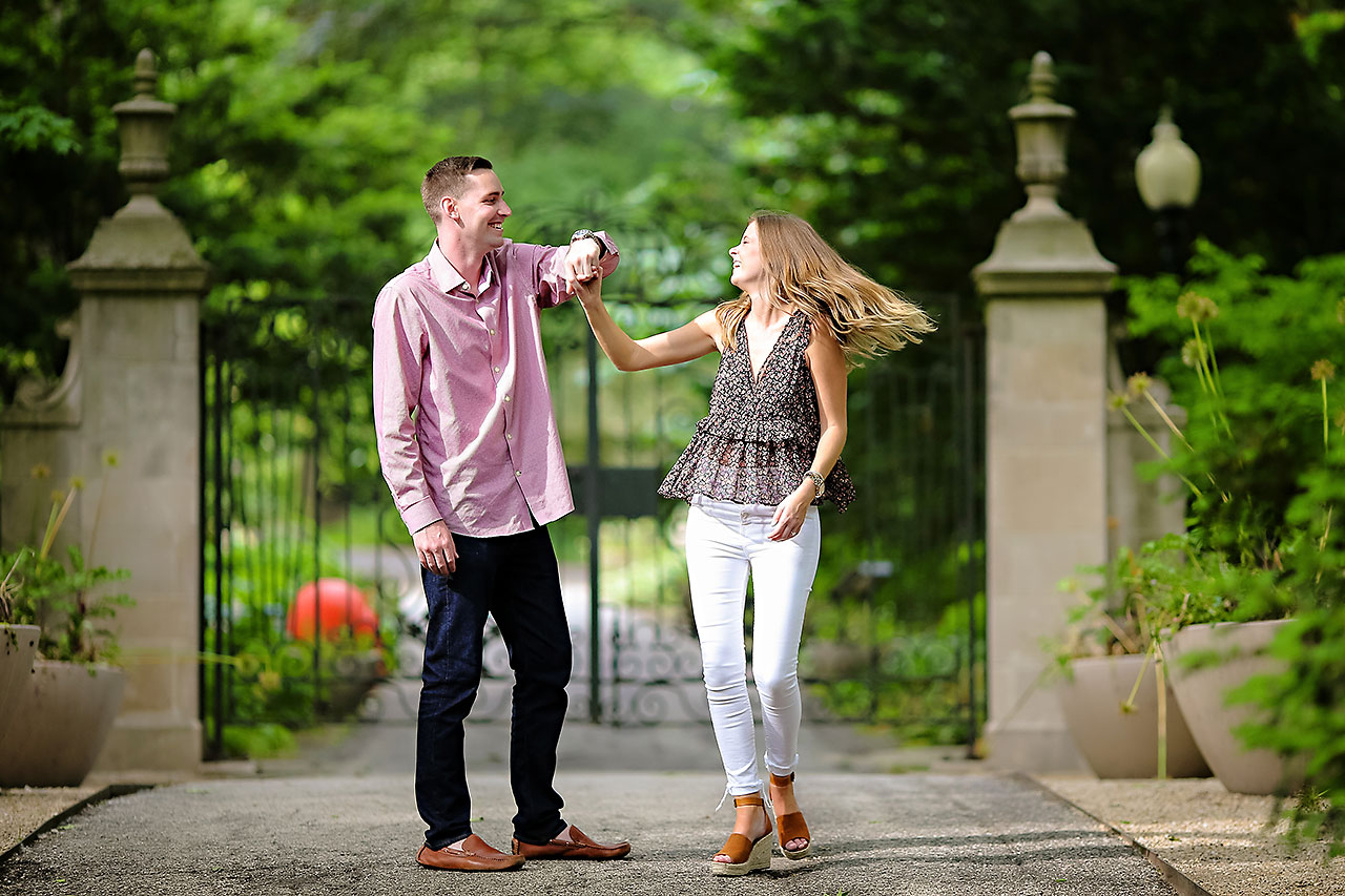 Erin Grant Indianpolis Museum of Art Newfields Engagement Session 039