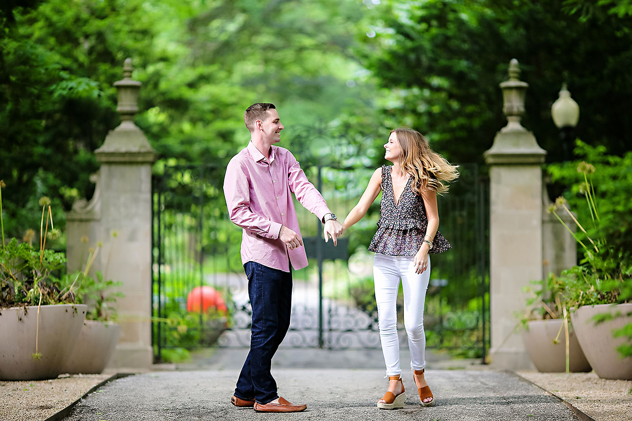 Erin Grant Indianpolis Museum of Art Newfields Engagement Session 025