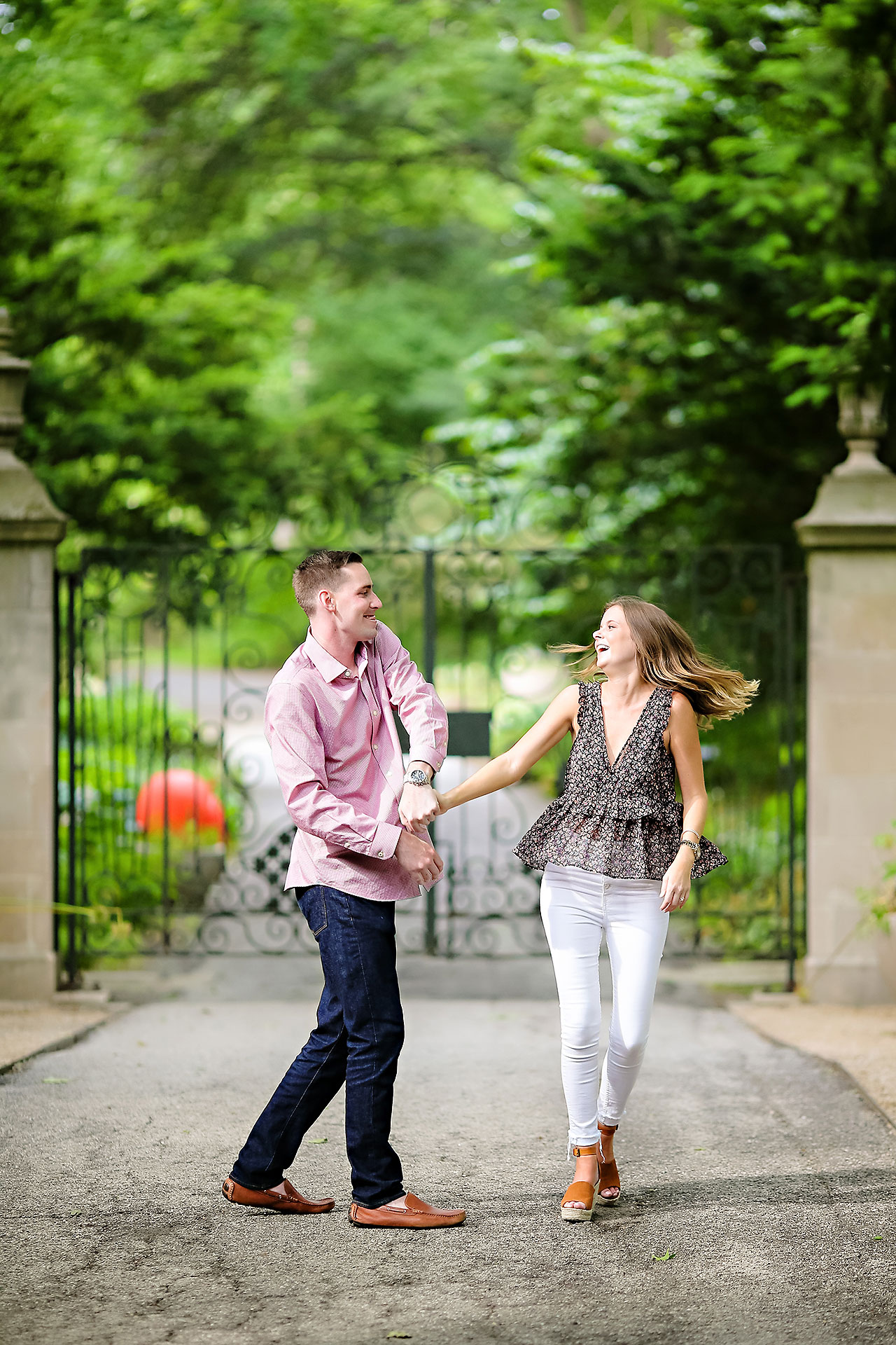 Erin Grant Indianpolis Museum of Art Newfields Engagement Session 022