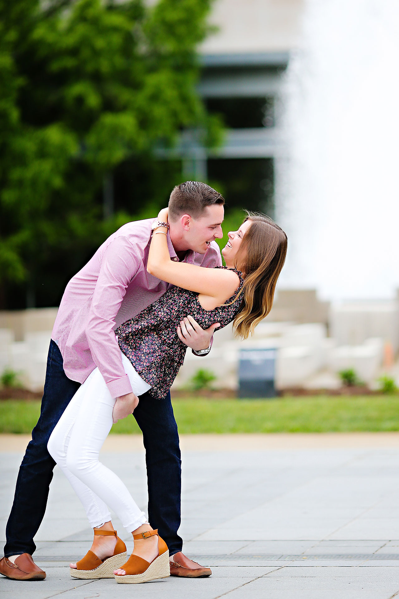Erin Grant Indianpolis Museum of Art Newfields Engagement Session 009