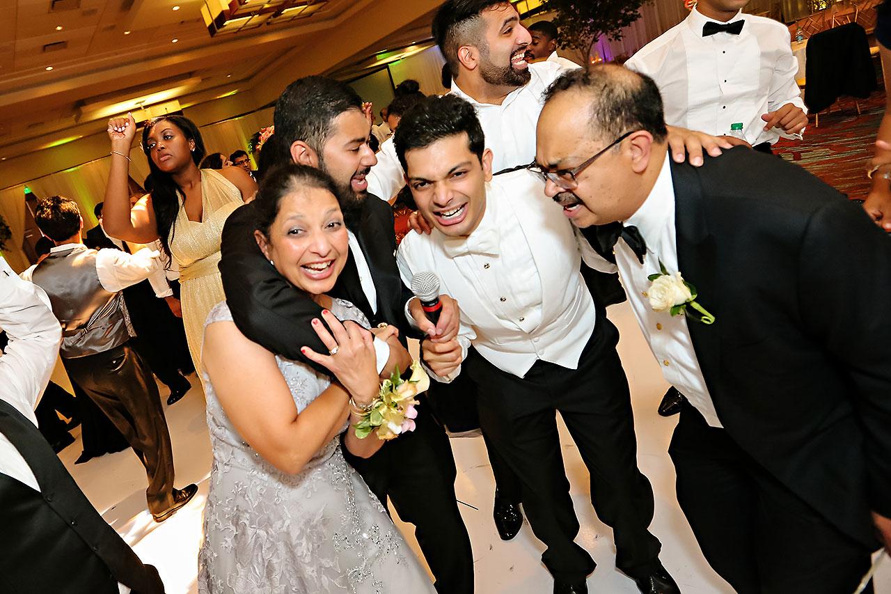 Joie Nikhil JW Marriott Indianapolis Wedding 250