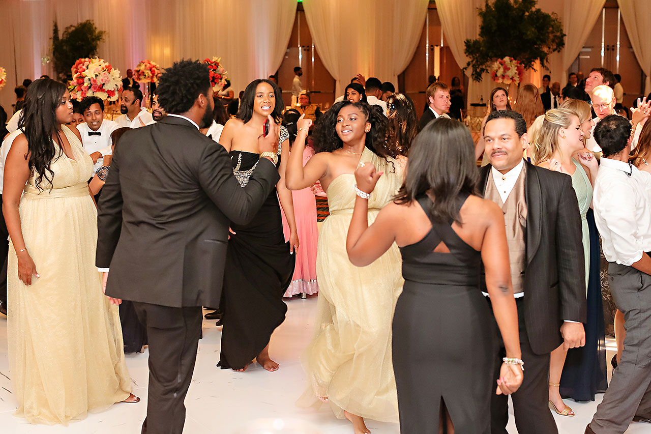 Joie Nikhil JW Marriott Indianapolis Wedding 178