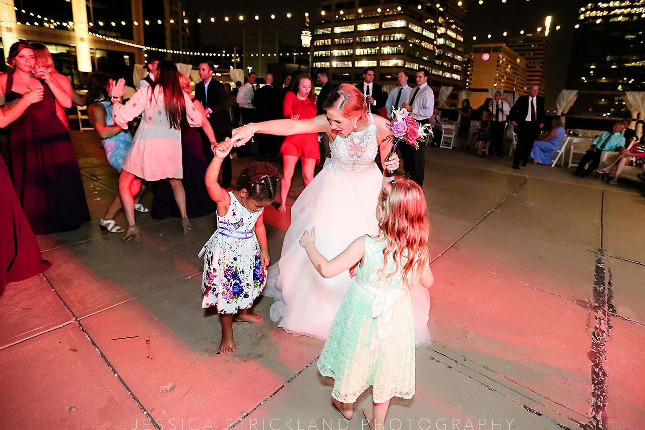 Serra Alex Regions Tower Indianapolis Wedding 395 watermarked