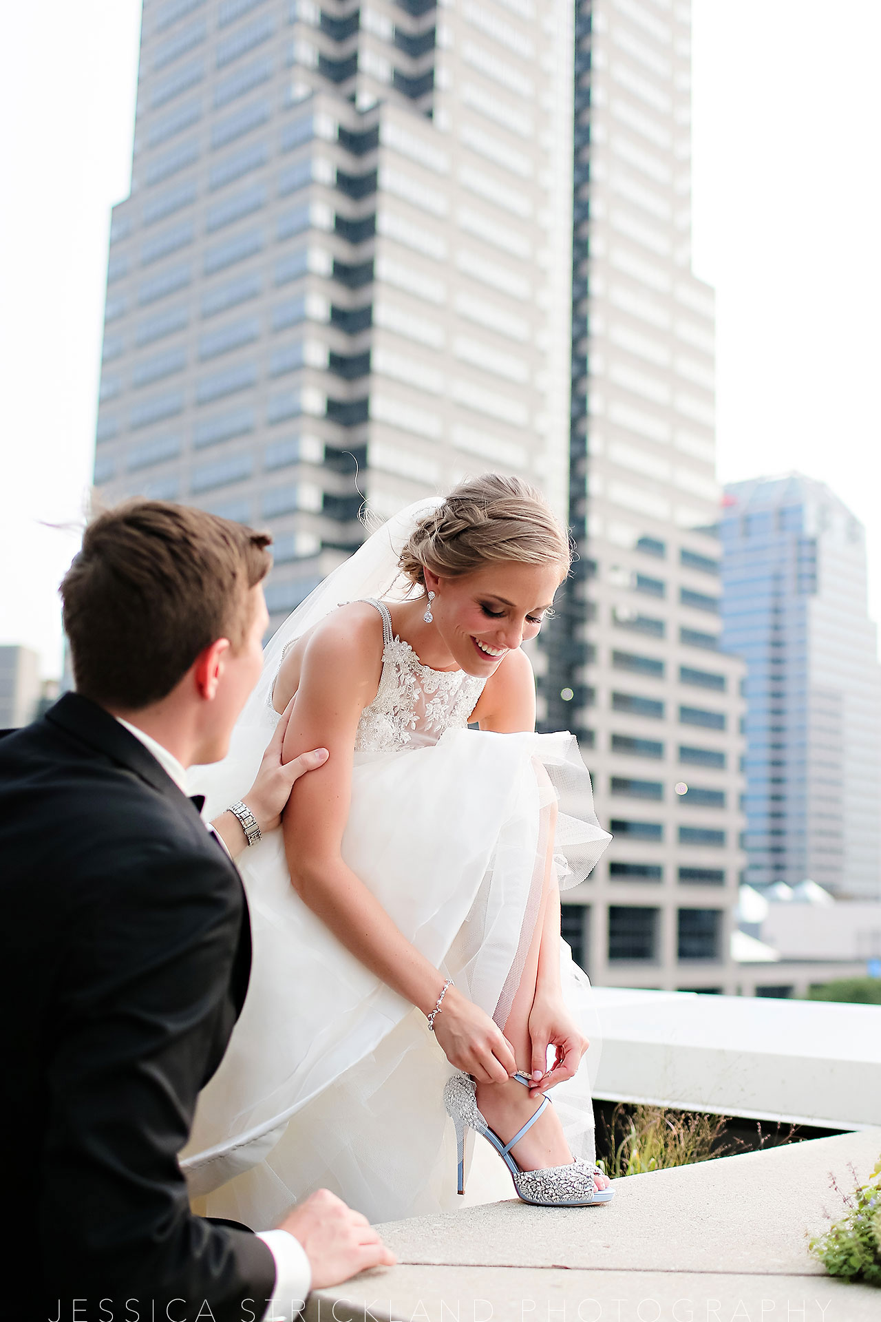 Serra Alex Regions Tower Indianapolis Wedding 248 watermarked