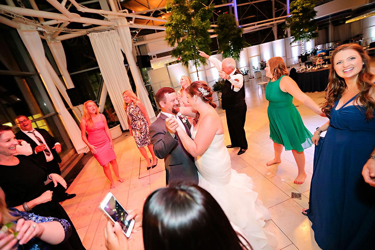 Erin John Artsgarden Indianapolis Wedding 417