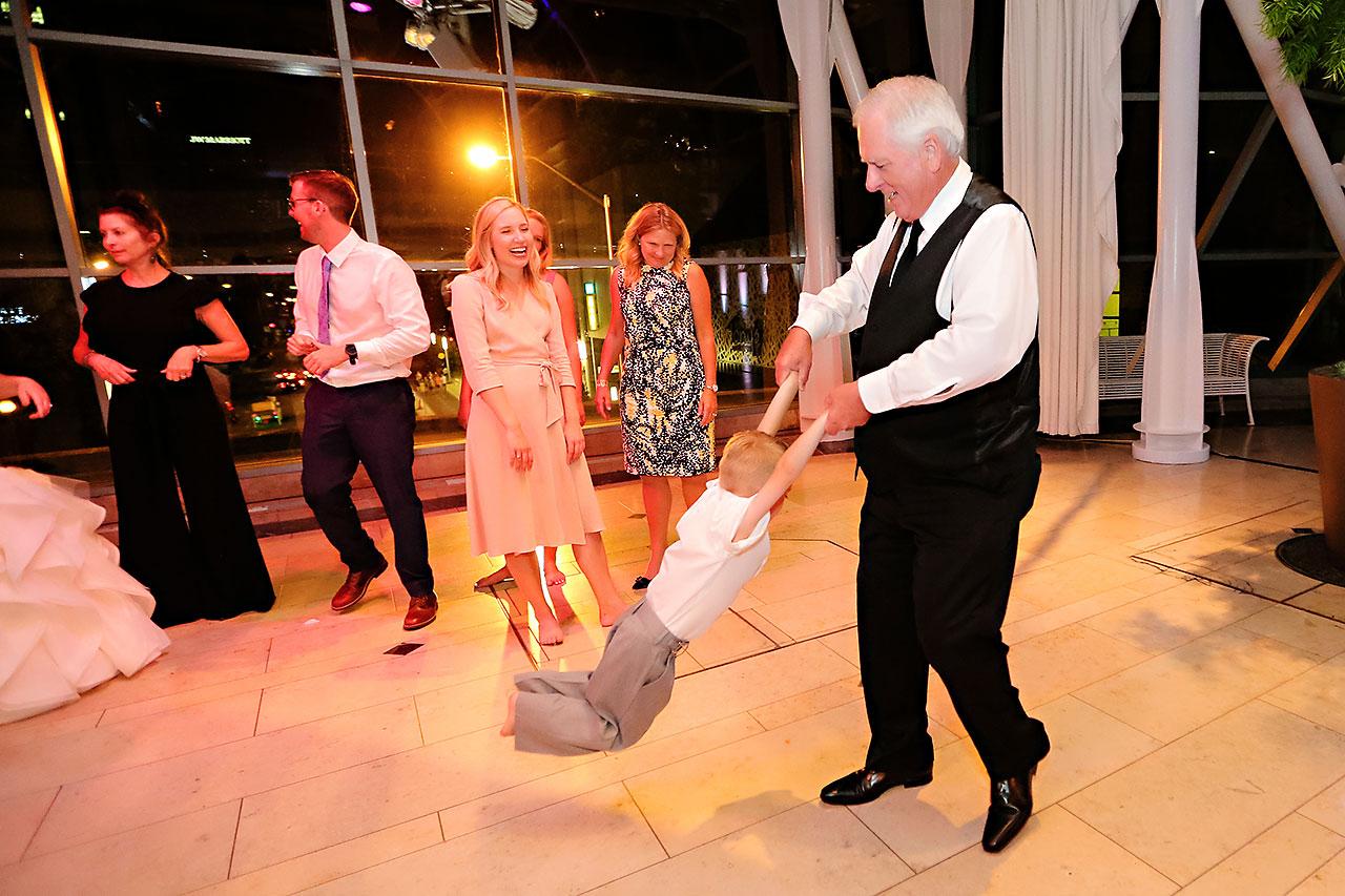 Erin John Artsgarden Indianapolis Wedding 416