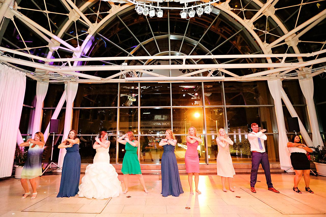 Erin John Artsgarden Indianapolis Wedding 411
