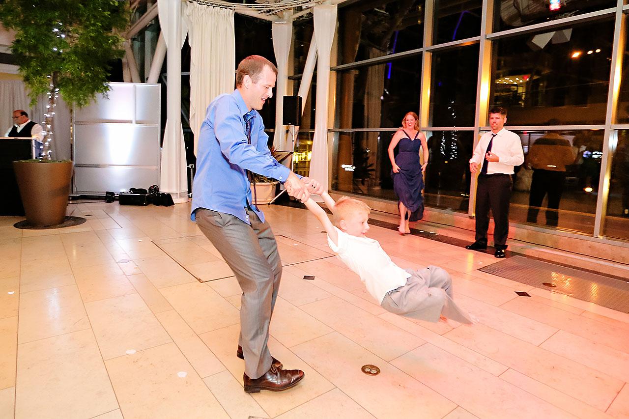Erin John Artsgarden Indianapolis Wedding 410