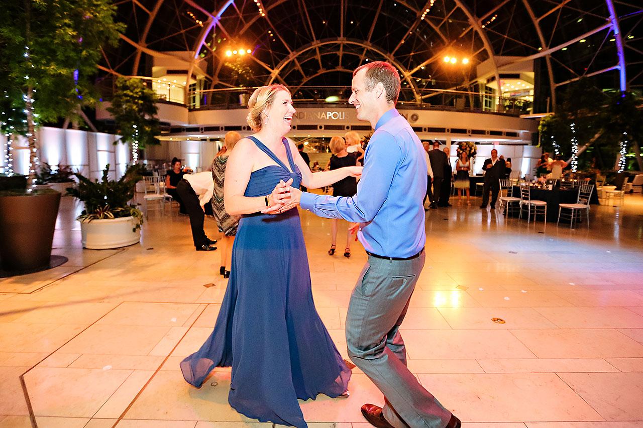 Erin John Artsgarden Indianapolis Wedding 385