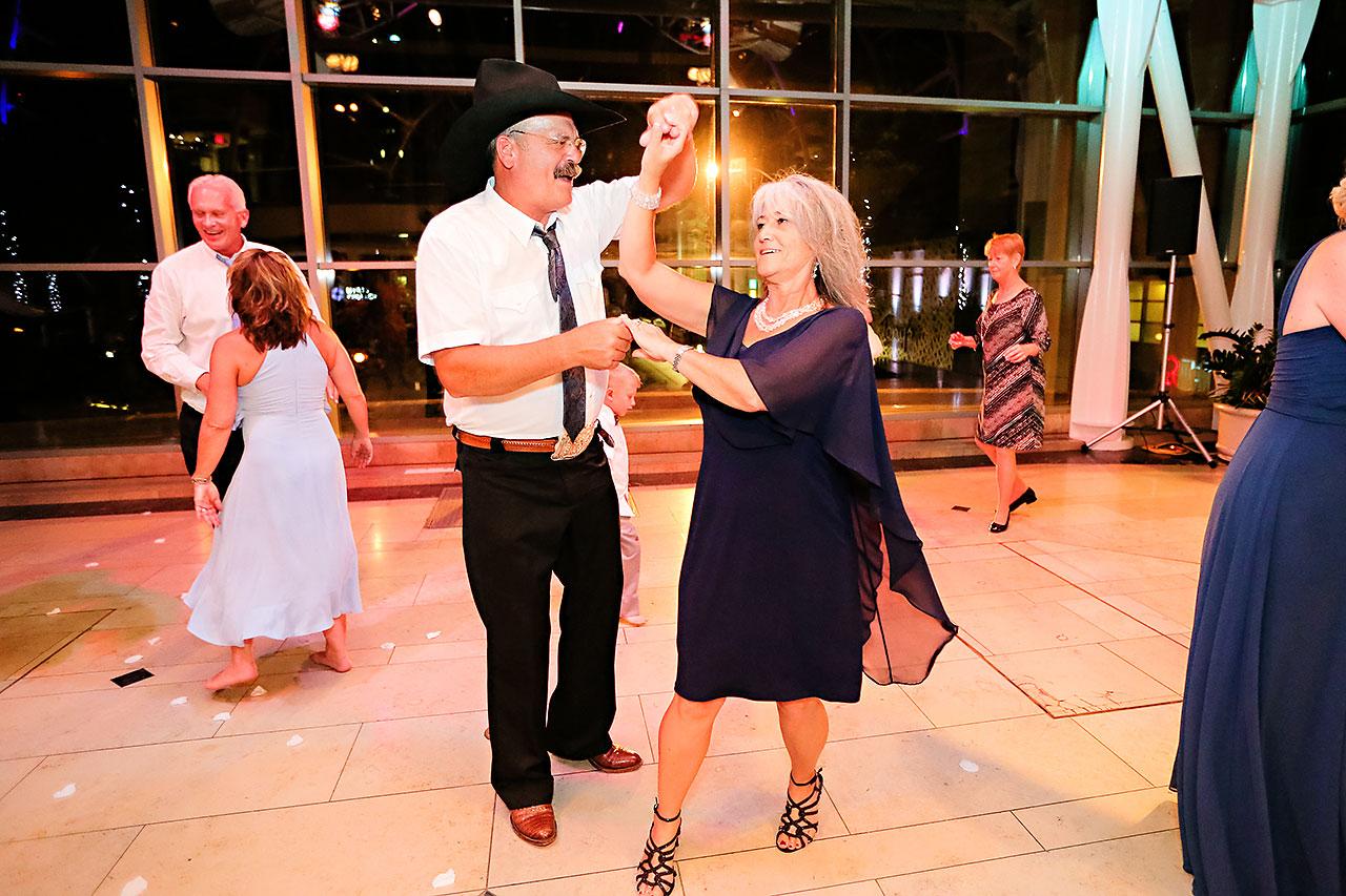Erin John Artsgarden Indianapolis Wedding 377