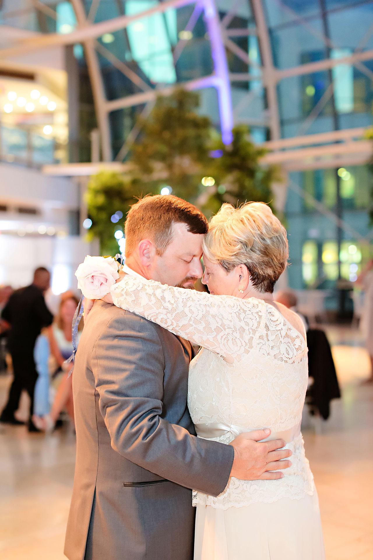 Erin John Artsgarden Indianapolis Wedding 345
