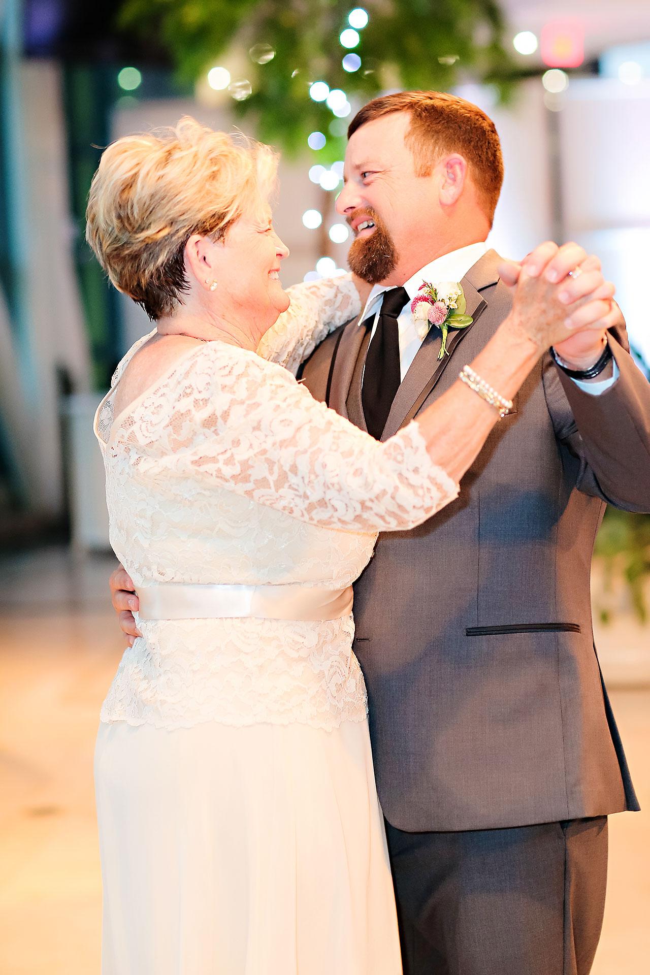 Erin John Artsgarden Indianapolis Wedding 342