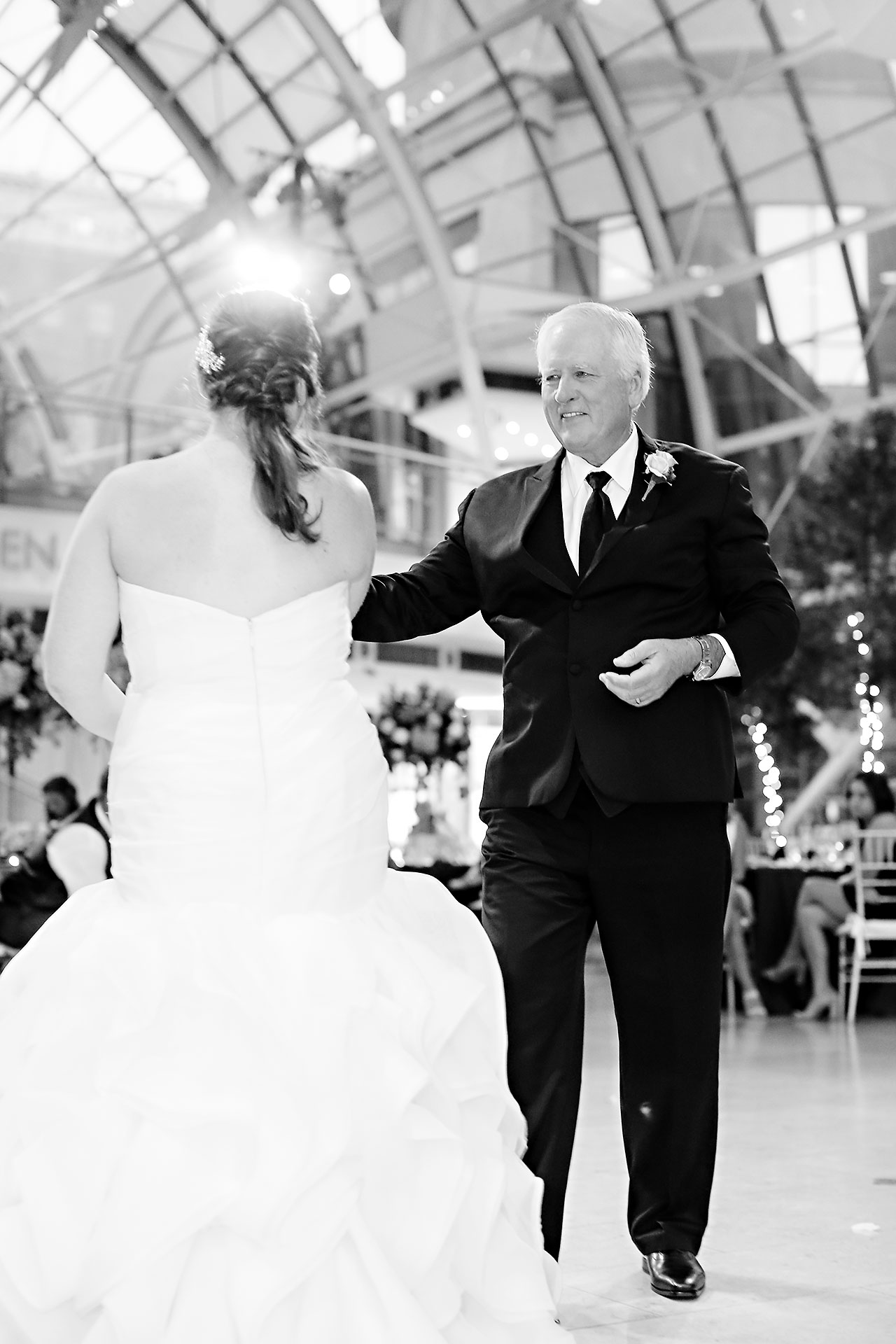 Erin John Artsgarden Indianapolis Wedding 331